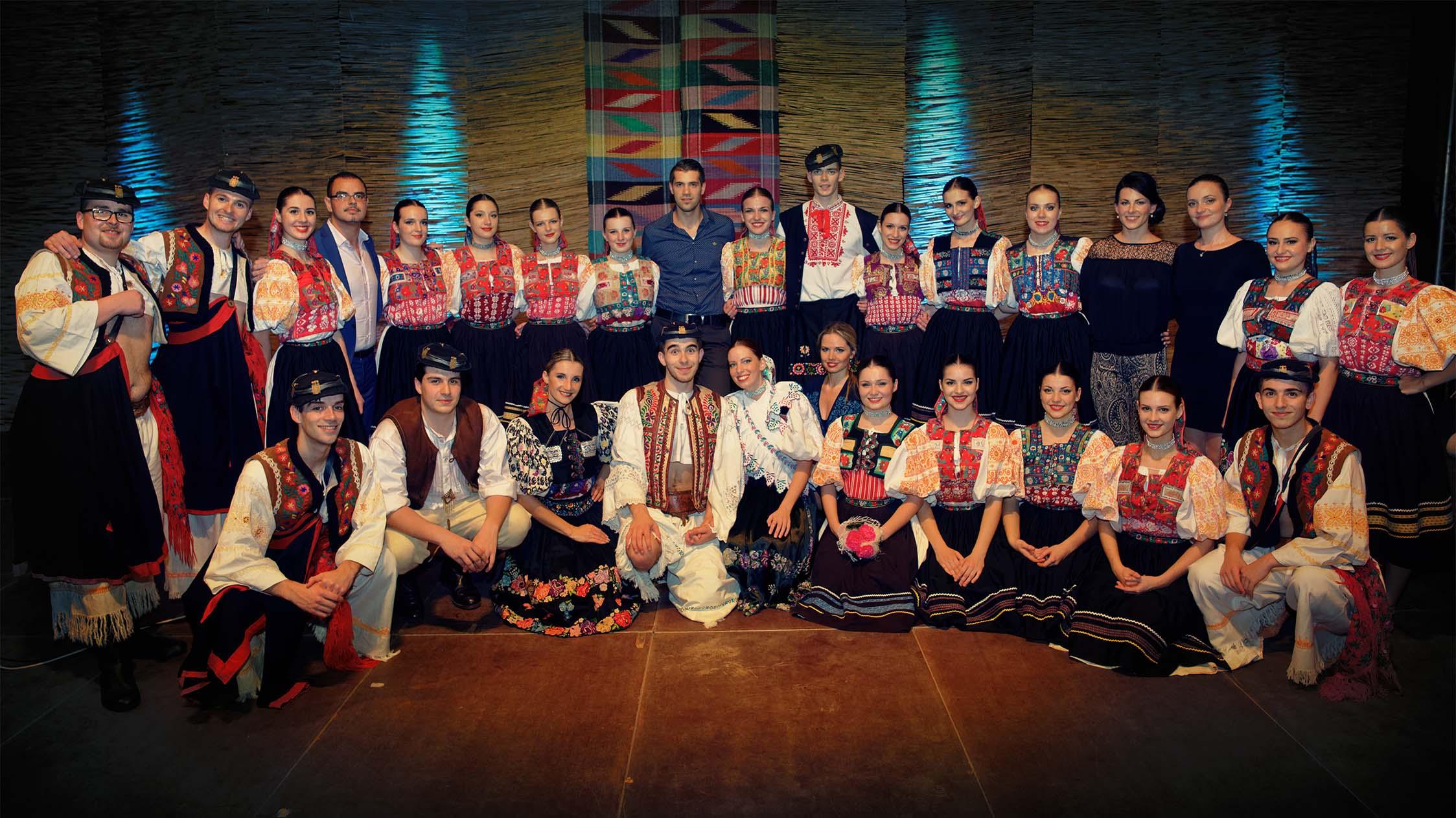 9f14070a8 Členovia – Folklórny súbor Bystrina